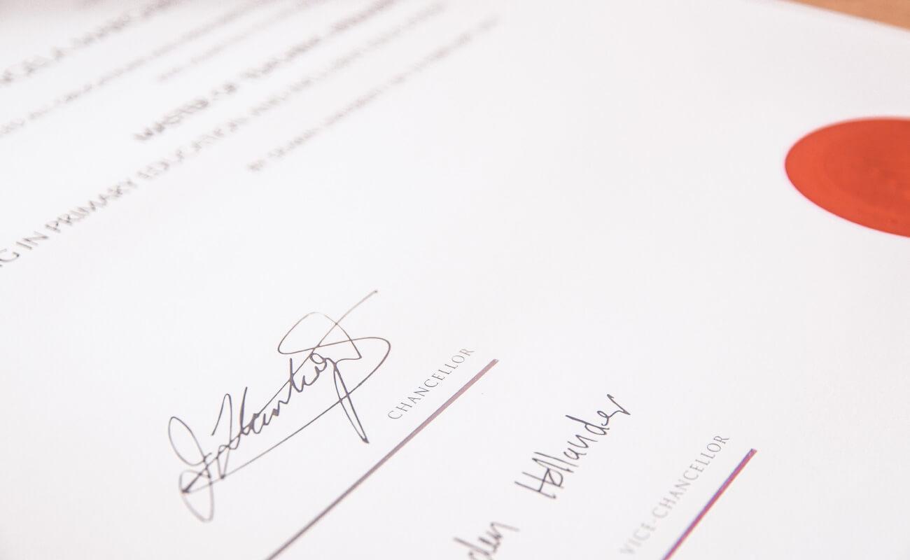証明書の写真